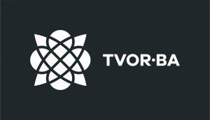 TVOR•BA logo horizontálne čiernobiele inverzné